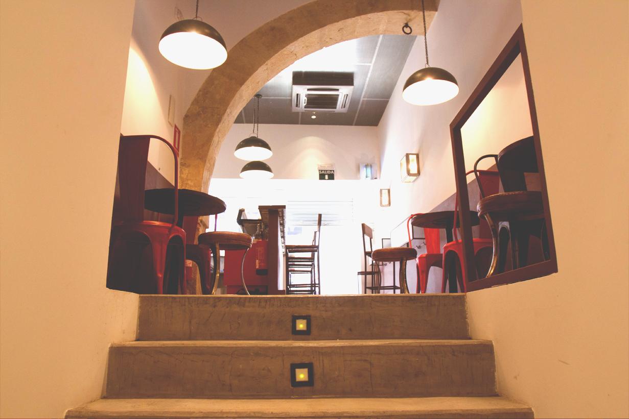 Cafetería Ifach 3