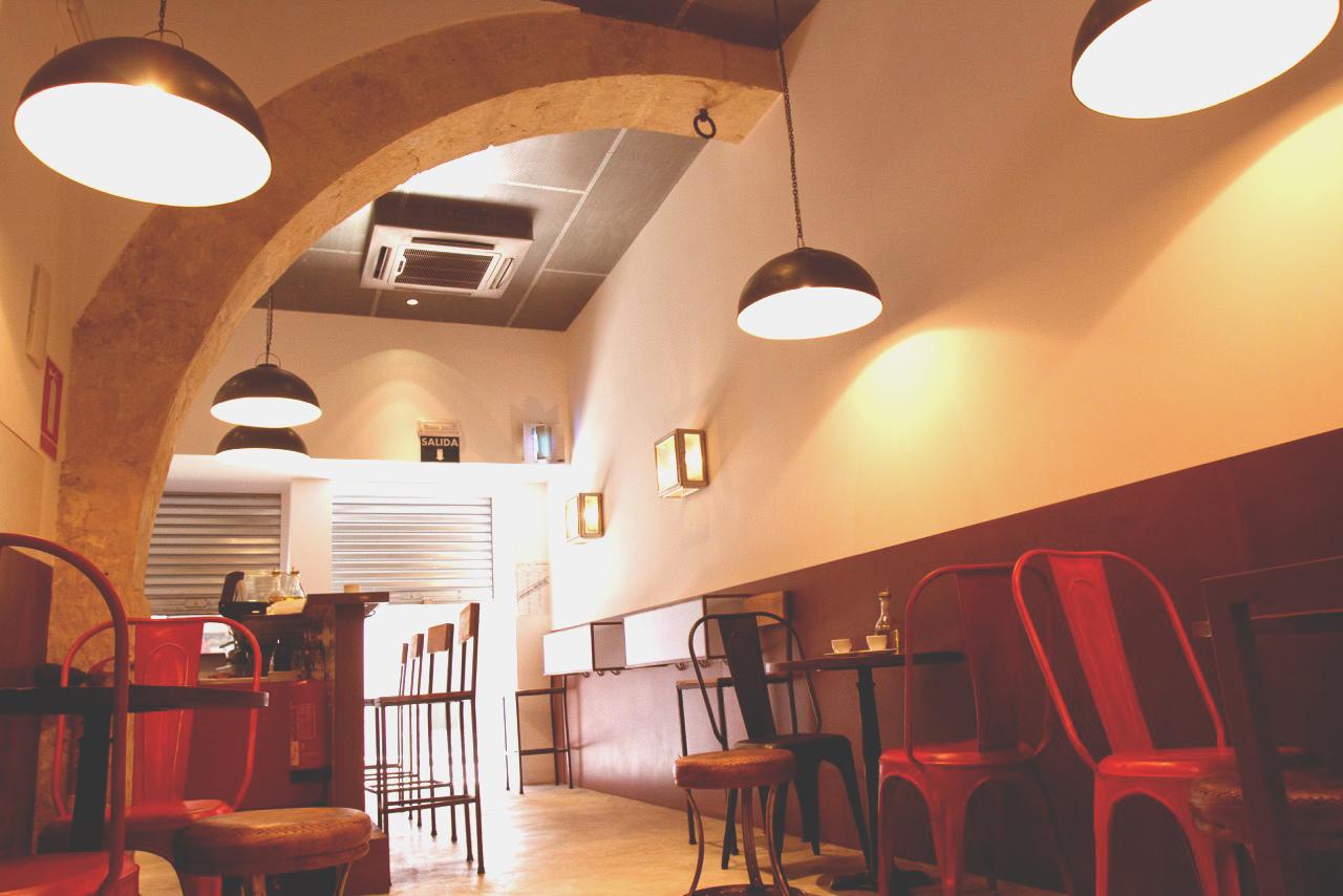 Cafetería Ifach 5
