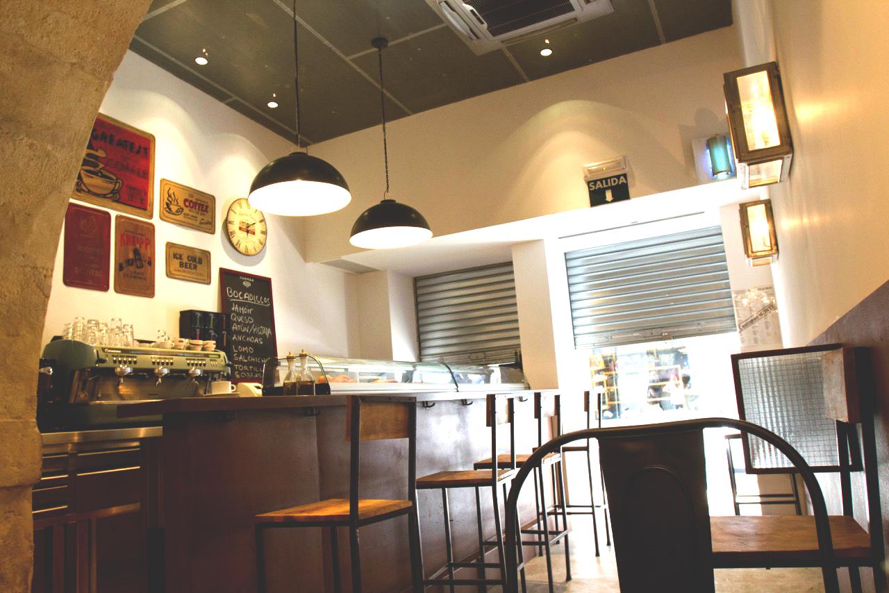 Cafetería Ifach 7